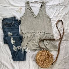 53 Best Hipster Outfits Ideas For Women In This Fall - Artbrid - Hipster Outfits, Edgy Outfits, Simple Outfits, Cool Outfits, Fashion Outfits, Hipster Clothing, Bar Outfits, Vegas Outfits, Beautiful Summer Dresses