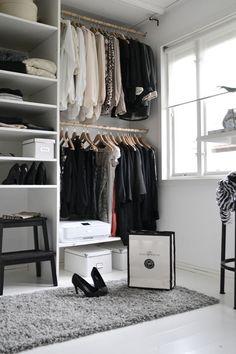 Small closets, dressing room design, dressing room closet, walk in closet d Dressing Room Closet, Wardrobe Closet, Closet Bedroom, Closet Space, Small Walkin Closet, White Closet, Small Closets, Walk In Closet Design, Closet Designs
