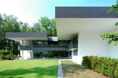 Architectura - Lage-energie villa verwarmt en koelt met luchtverwarmingssysteem van THERMAD BRINK