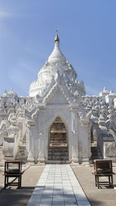 White Temple Myanmar iPhone 5 wallpapers, backgrounds, 640 x 1136