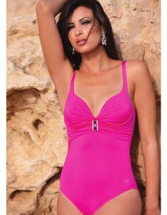 Fashion beachwear for women & men, swimsuits, Italian brand LINEA SPRINT