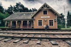 Kl�fta Train Station, Norway jigsaw puzzle in Street View puzzles on TheJigsawPuzzles.com