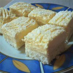 Ez a desszert nemcsak mutatós, de csodálatosan finom is Sweet Desserts, Sweet Recipes, Cookie Recipes, Dessert Recipes, Twisted Recipes, Different Cakes, Hungarian Recipes, Food Cakes, Special Recipes