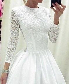 I would love my wedding dress to look exactly like this at the bottom.