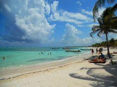 Akumal Beach in Riviera Maya.to see many turtles! Akumal Mexico, Quintana Roo Mexico, Mexico Yucatan, Best Beaches In Mexico, Beaches In The World, Cozumel, Akumal Hotels, México Riviera Maya, Akumal Bay