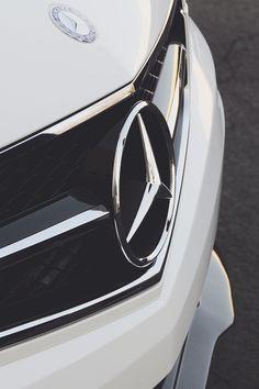 Mercedes Benz Badge - Logo - Emblem