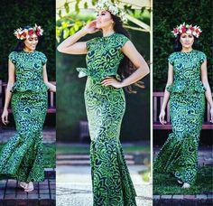 WISHING all the teine au lelei competing for the Pageant 🙌🏻 all the best especially the gorgeous aka… Samoan Designs, Polynesian Designs, Island Wear, Island Outfit, Island Style Clothing, Clothing Styles, Clothing Ideas, Samoan Dress, Hawaiian Fashion