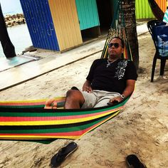 #Island #Vibes #Spotted @poetikempire in #Jamaica 🇯🇲 #FlashingLights #WestIndies #OchoRios #Kingston #MontegoBay #Negril #PortAntonio #BlackRiver #MorantBay #Falmouth #TakeOver #Tee #Blessed #InstaLikes #TeeShirts #Litty #Apparel #ShirtPorn #ClothingCompany #West #Indies #poetikempire #Fashion