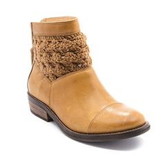 Latigo Carly Womens Boots Dark Natural Size 11 M LA11384 ** Details can be found by clicking on the image.(This is an Amazon affiliate link and I receive a commission for the sales)