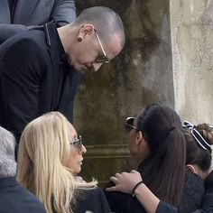 A VERY SAD DAY!  #chriscornell_funeral #hollywood_forever_cemetery #chesterbennington
