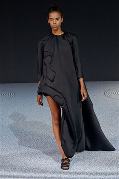 Viktor & Rolf Haute Couture AW 13/14 - Catwalk Yourself