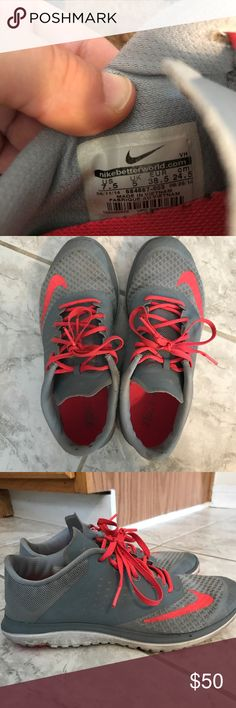 *ONE HR SALE* Nike FS Lite 2 Women's size 7.5 Nike FS Lite 2 Women's running shoes! Great for running or casual wear. Size 7.5 (37.5) Nike Shoes Sneakers