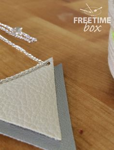 Tuto collier simili cuir Freetime Box Dorothee