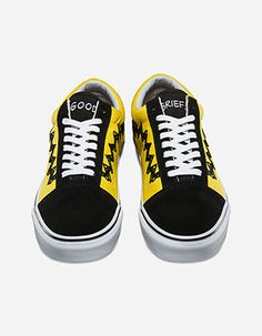 ea07568530 VANS x PEANUTS Old Skool Shoes Yellow Best Shoes For Men