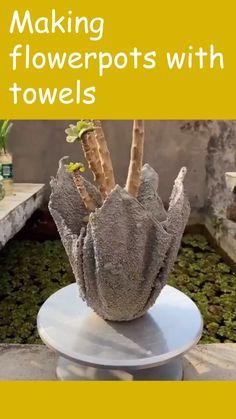 Cement Flower Pots, Diy Concrete Planters, Diy Planters, Cement Garden, Cement Art, Concrete Crafts, Diy Crafts For Home Decor, Diy Crafts For Gifts, Soda Can Crafts