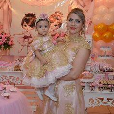 Bárbara e Klara lindas vestem Cecilia Cavalcante!!! Vestidos personalizados e sob medida!!! Enviamos para todo Brasil e exterior!!! Contato somente pelo tel ou whatsapp (84)98703-8006