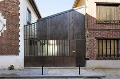 Erwan Gayet - Street side of a house renovation,...