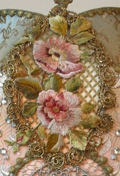 Marvelous Crewel Embroidery Long Short Soft Shading In Colors Ideas. Enchanting Crewel Embroidery Long Short Soft Shading In Colors Ideas. Silk Ribbon Embroidery, Crewel Embroidery, Embroidery Patterns, Machine Embroidery, Couture Embroidery, Embroidered Roses, L'art Du Ruban, Bordados Tambour, Crazy Patchwork