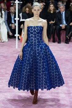 <P>Christian Dior</P>