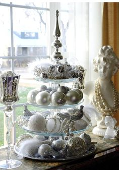 Cake plate + gorgeous ornaments
