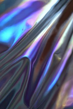 holographic metallic