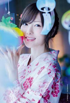 "monowasure: ""@wani_UTB 雨に打たれるまいやんが圧倒的! 『UTB Vol.245』をセブンネット( http://7net.omni7.jp/detail/1106676605 … )でご予約いただくと写真の浴衣まいやんポストカードが!! #乃木坂46 #まいやん #白石麻衣 """