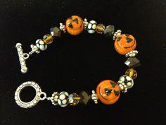 Halloween Pumpkin Beaded Bracelet by ItsMyMonkeyBusiness, https://www.etsy.com/listing/111045356/halloween-pumpkin-beaded-bracelet