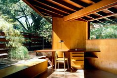 John Lautner, The Schaffer Residence, 1949, Los Angeles. The house was featured in Tom Ford´s movie A Single Man. The desk lamp by Serge Mou...