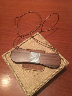wood walnut papillion for woman 25€