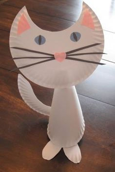 Paper plate cat. What fun lol!