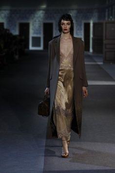 Long dress sottana di Louis Vuitton