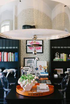 KATE SPADE INSPIRED OFFICE: sleek black + #glam #workspace design with round orange #Hermes tray