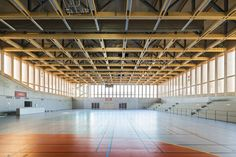 Gallery - Sports Center in Neudorf / Atelier Zündel Cristea - 15