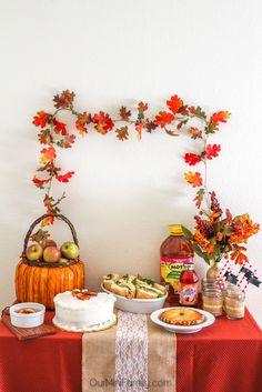 Hosting an Apple Harvest Party! Inspirations, DIY instructions, and recipes to create your very own harvest tablescape #BakeInTheFun AD