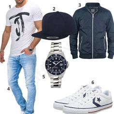 b435628a05e38b Casual men s style with white Jack   Jones T-shirt