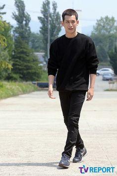 Oh Snap! Park Ki-woong salutes goodbye » Dramabeans » Deconstructing korean dramas and kpop culture