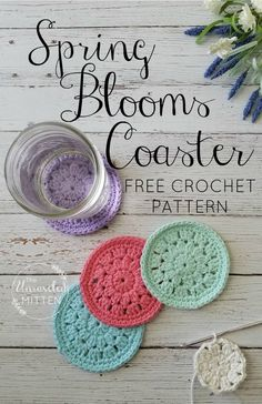Spring Blooms Crochet Coaster | Free Crochet Pattern | The Unraveled Mitten These easy crochet coasters are a great way to use up some of that cotton yarn in your stash. They would make a great item to add to your craft fair or market tables this summer or as a quick Mother's Day gift!