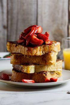 Lemon French toast with fresh strawberries #breakfast #vegetarian: