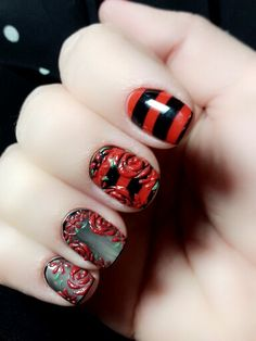 Nail design by Alena Hadikova