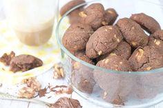 Chewy Nutella koekjes met walnoten - Carola Bakt Zoethoudertjes Nutella, Cookies, Fruit, Crack Crackers, Biscuits, Cookie Recipes, Cookie, Biscuit