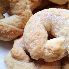 Beignets, Spanish Desserts, Pan Dulce, Bagel, Sweet Recipes, Donuts, Pie, Bread, Cookies