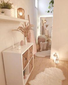 Modern Style of Home Decoration - Sleek and Minimal Cute Bedroom Decor, Bedroom Decor For Teen Girls, Room Design Bedroom, Stylish Bedroom, Room Ideas Bedroom, Small Room Bedroom, Home Bedroom, Bedrooms, Korean Bedroom Ideas