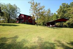 Beagle Hill Lodge in Hocking Hills OH Over 50 acres close to State Park- rent out vacation home for wedding?