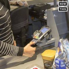 Nice Credit news 2017: This credit card might help deal with identity theftSoon your credit card will s...  A Nation Of Thinkers Check more at http://creditcardprocessing.top/blog/review/credit-news-2017-this-credit-card-might-help-deal-with-identity-theftsoon-your-credit-card-will-s-a-nation-of-thinkers/
