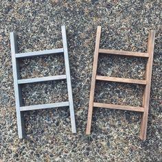 - Products I Love -DIY tea towels + display ladder. Diy Ladder, Diy Blanket Ladder, Ladder Decor, Ladder Display, Decorative Towels, Diy Wood Projects, Diy Furniture, Furniture Plans, Outdoor Furniture
