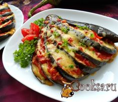 Vegetarianism — Vegetarian recipes Eggplant baked with tomatoes Side Dish Recipes, Raw Food Recipes, Vegetarian Recipes, Cooking Recipes, Vegetable Side Dishes, Vegetable Recipes, Mozzarella, Cauliflower Vegetable, Zucchini Aubergine