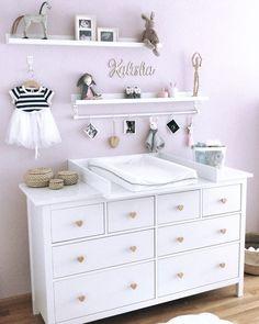 Wickelaufsatz Basic in weiß für IKEA Hemnes/Songesand Kommode - Baby Dresser, Nursery Dresser, Girl Nursery, Girl Room, Nursery Furniture, Baby Bedroom, Baby Room Decor, Ikea Baby Room, Ikea Baby Nursery