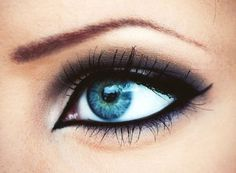 Dark around blue, Pretty!  -- if only I was talented enough to do my make up like this!