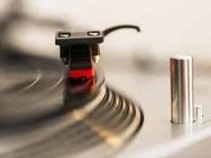 Slow Ride: Listen to 15 Classic 45's That Sound Awesome at 33