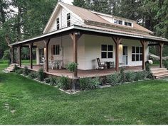 home renovation before and after Farmhouse Plans, Farmhouse Style, Style At Home, Future House, My House, House In The Woods, Farm House, Pole Barn Homes, House Goals